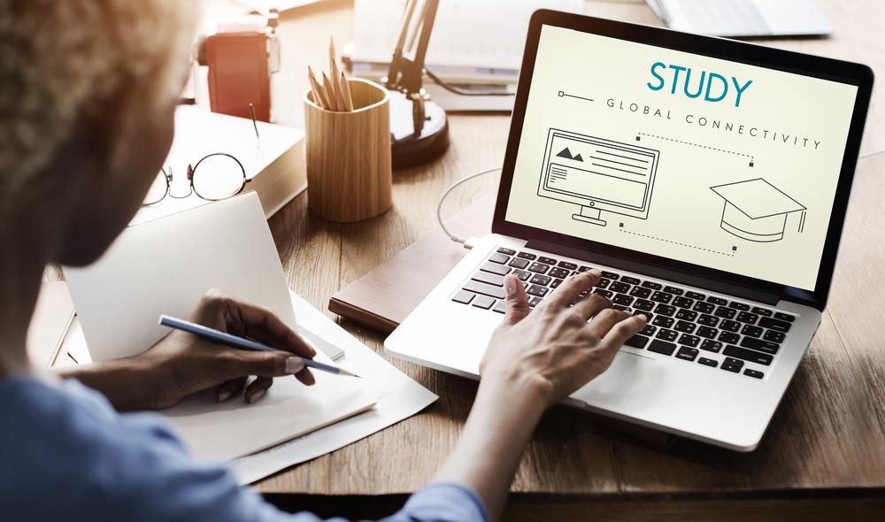 Veja alguns cursos para conseguir trabalhar pela internet