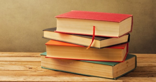 Nem só de livros viverá o homem! Conheça 3 dos maiores blogs sobre investimentos do Brasil
