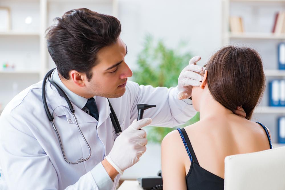 Conheça melhor a profissão otorrinolaringologista